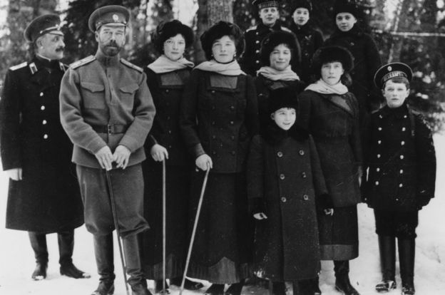 tsar-nicholas-and-his-family